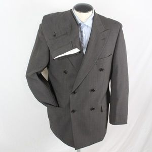 HUGO BOSS grey double breasted 2 piece suit 42R US